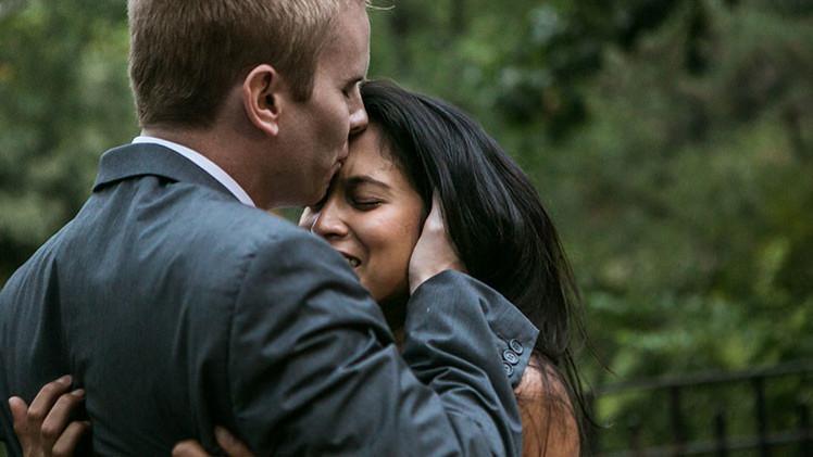 'Y fueron felices…': Emociones reales a propuestas de matrimonio en Nueva York, en imágenes