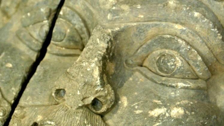 Destrucción de terror: EI demuele las ruinas de la antigua capital asiria en el norte de Irak