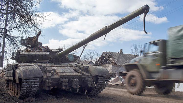 Donetsk y Lugansk terminan la retirada de armamento pesado