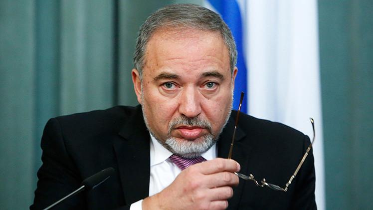 Ministro de Exteriores israelí pide decapitar a árabes israelíes infieles al Estado