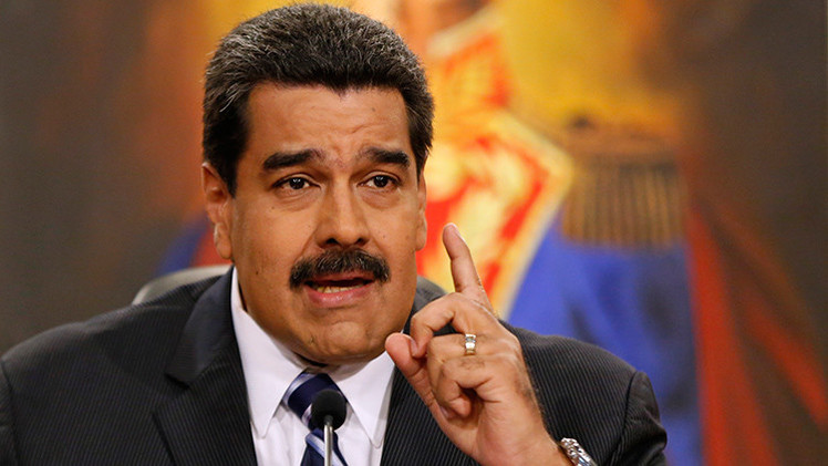 Maduro entrega a la Asamblea Nacional solicitud de poderes habilitantes