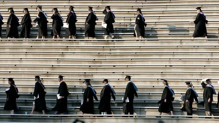 Estudiantes en quiebra: Una 'bomba de acción retardada' para la deuda de EE.UU.