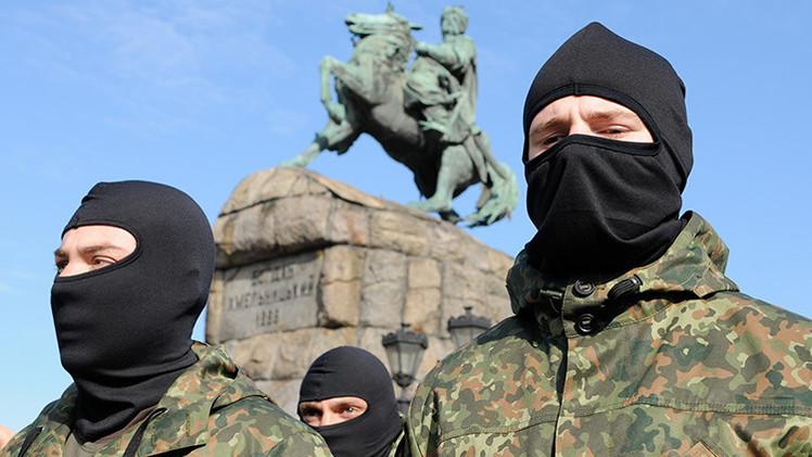 Medios de EE.UU.: Nazis forman parte de la Guardia Nacional de Ucrania