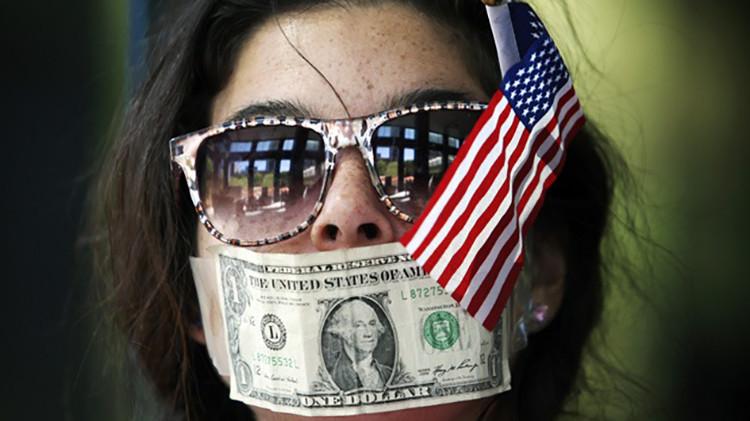 """""""Las corporaciones son la mayor amenaza a la libertad de expresión en EE.UU."""""""
