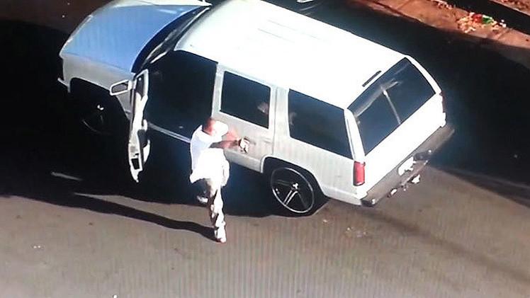 VIDEO: Una persecución policial acaba en un tiroteo retransmitido en vivo por televisión