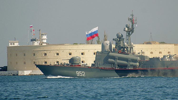Putin: Podríamos haber preparado las armas nucleares para defender Crimea