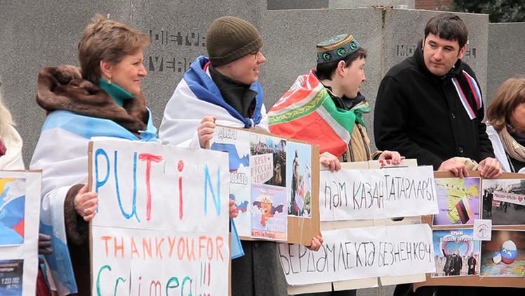 Celebran en La Haya el aniversario de la reunificación de Crimea con Rusia