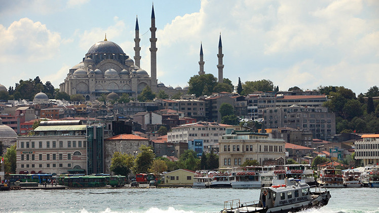 """'NYT': El acercamiento de Turquía a Rusia y China """"preocupa a la OTAN"""""""
