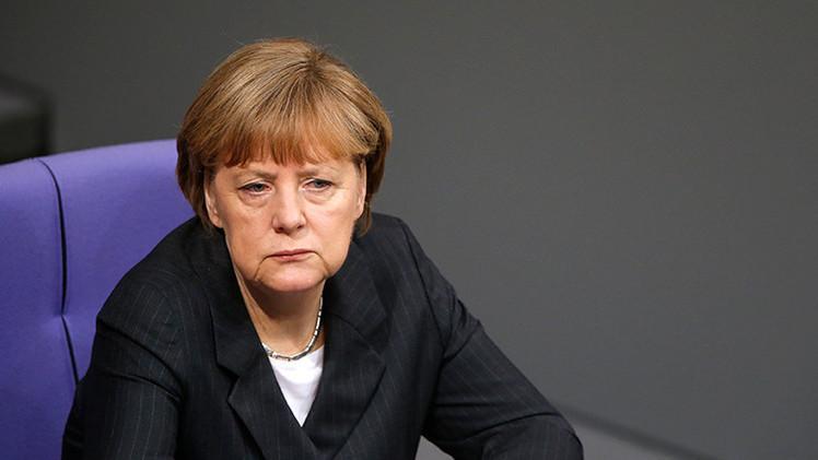 """Alemania: Acusan a Merkel de """"apoyar a los nazis en Ucrania"""" y protestan contra la OTAN"""
