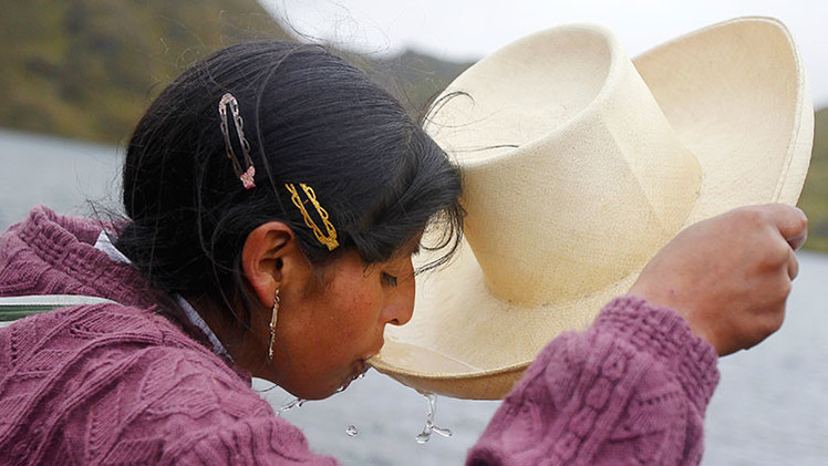 Mujeres rurales lideran proyectos de agua potable en Perú