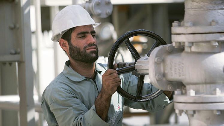 Un acuerdo entre EE.UU. e Irán desplomaría aún más los precios del crudo