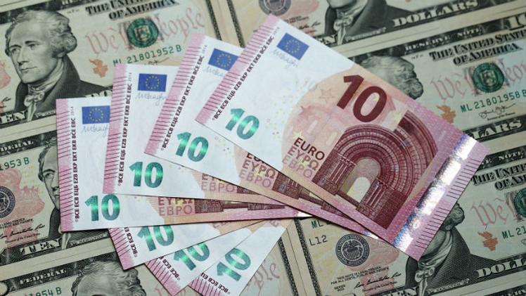 Euro débil contra dólar fuerte, ¿quién gana y quién pierde en la economía mundial?