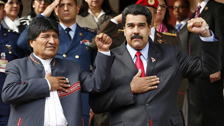 Presidente de Venezuela, Nicolás Maduro, con el líder de Bolivia, Evo Morales