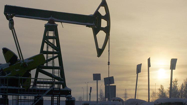 El rublo se desvincula del precio del petróleo: ¿fracaso de la estrategia de EE.UU.?