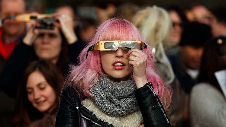 Las imágenes más impresionantes del eclipse solar 2015