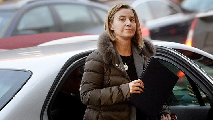 """Mogherini: """"La prioridad de Kiev debe ser la situación en el país y no el acercamiento a la UE"""""""