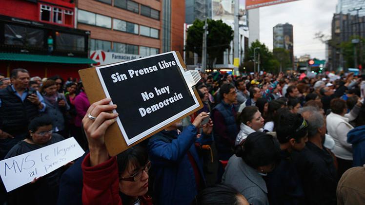 """México: Radio MVS """"miente"""", dice """"verdadero autor"""" de informe de la 'Casa Blanca' de Peña Nieto"""