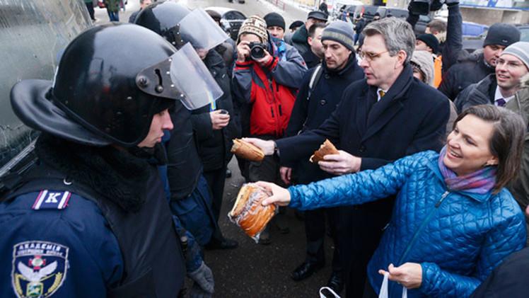 """Nuland convirtió el conflicto de Ucrania en un """"negocio familiar"""""""