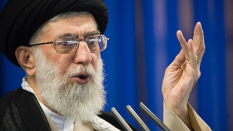"""""""Muerte a EE.UU."""": El líder supremo de Irán denuncia el 'bullying' de Estados Unidos"""