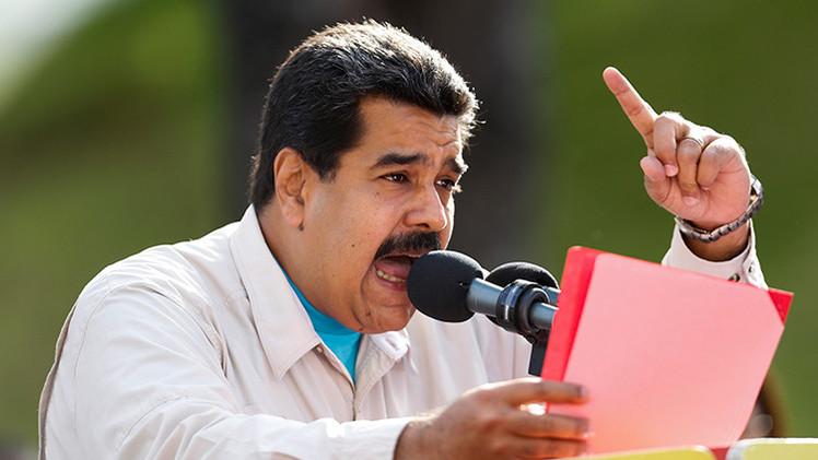 Maduro acusa al expresidente español Felipe González de apoyar el golpe contra Venezuela