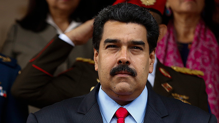 Costa Rica despide a su embajador en Caracas por defender el gobierno de Maduro