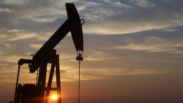 Brusca subida del precio del petróleo por los bombardeos de Arabia Saudita en Yemen