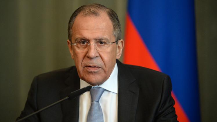 Lavrov: EE.UU. actúa con doble rasero al apoyar al presidente yemení huido y no a Yanukóvich