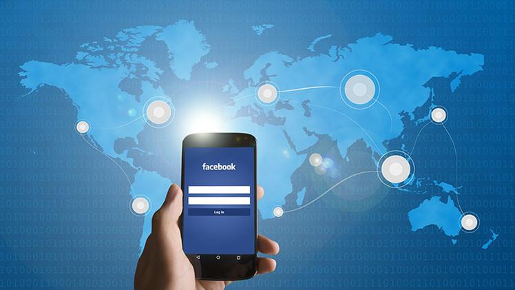 """UE: """"Cierren sus cuentas de Facebook si no quieren ser espiados"""""""
