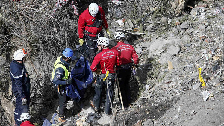 Respuestas escalofriantes del copiloto de Germanwings minutos antes de la tragedia