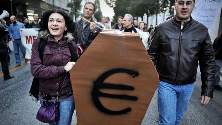 """¿Estados Unidos de Europa?: """"La eurozona no puede sobrevivir según su forma actual"""""""
