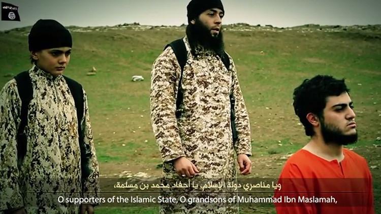 El Estado Islámico difunde un video en el que un niño mata a un espía israelí