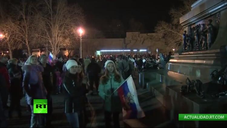 Sebastopol: Fuegos artificiales por la reunificación con Rusia