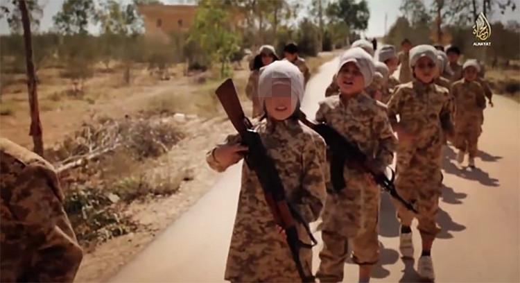 """El Estado Islámico crea generación de los monstruos """"adoctrinados y radicalizados"""""""
