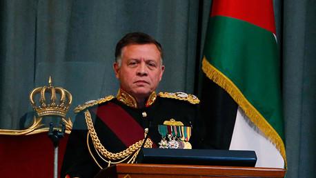 """El rey de Jordania sobre el EI: """"Es una tercera guerra mundial por otros medios"""""""