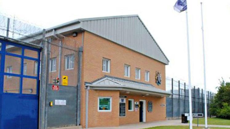 Así es 'el palacio de los pedófilos', la mayor prisión para agresores sexuales de Europa