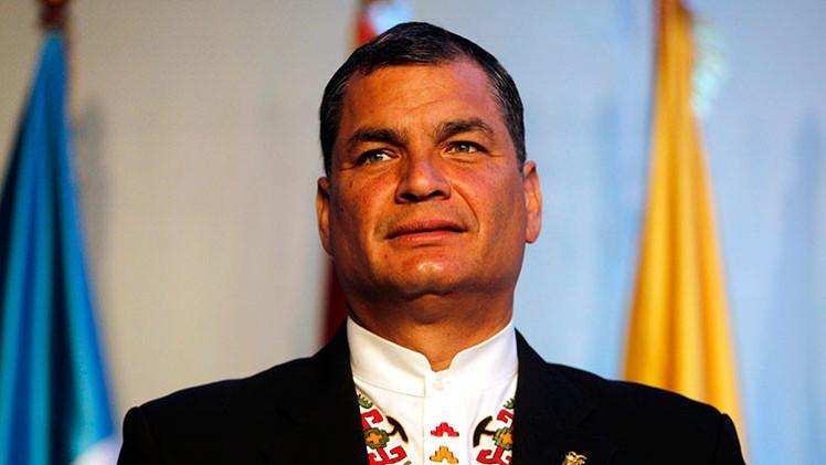 Correa indulta a un expolicía que quiso matarle en el intento golpista de 2010