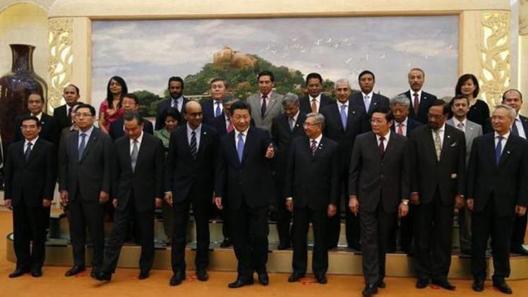 """Banco Asiático de Inversiones en Infraestructura: """"China desafía a EE.UU. y celebra su triunfo"""""""