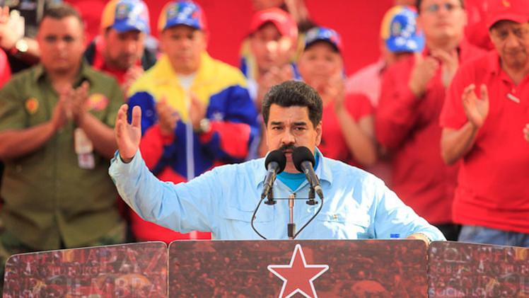 """Venezuela se defenderá """"de las botas del imperialista"""" con armas compradas a Rusia y China"""