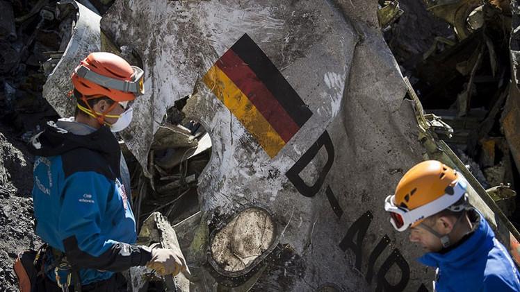 El copiloto de Germanwings aumentó la velocidad varias veces durante el descenso