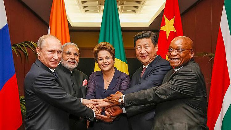 """""""EE.UU. no puede vencer a las potencias emergentes: Debe unirse a ellas"""""""