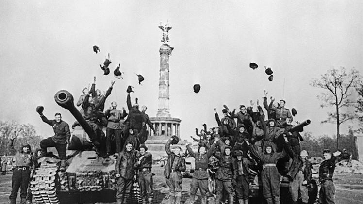 """""""Washington trata de borrar el recuerdo de la victoria soviética sobre Alemania"""""""