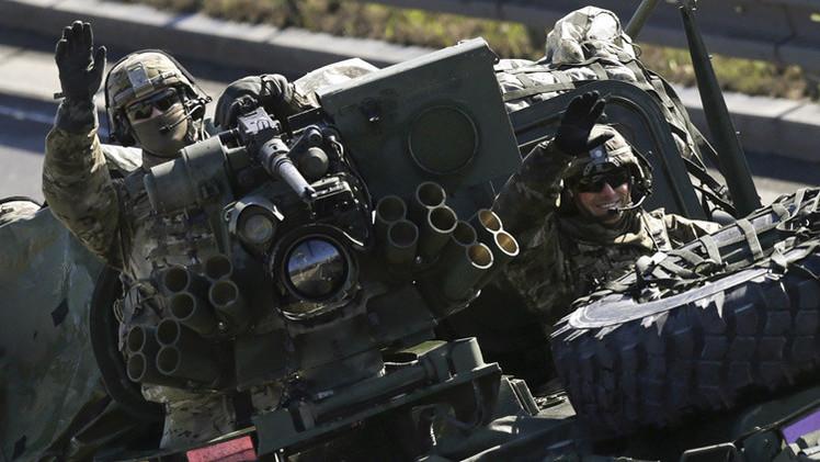 EE.UU. acelera el suministro de armas a la coalición árabe contra los rebeldes de Yemen