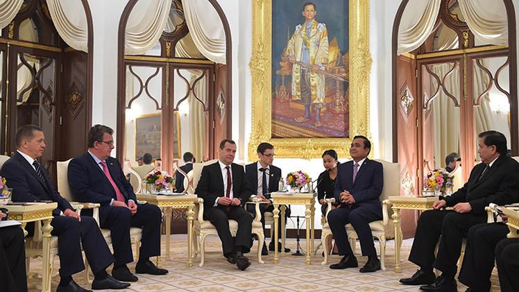 Rusia y Tailandia firman un acuerdo respecto a la energía, inversión y turismo