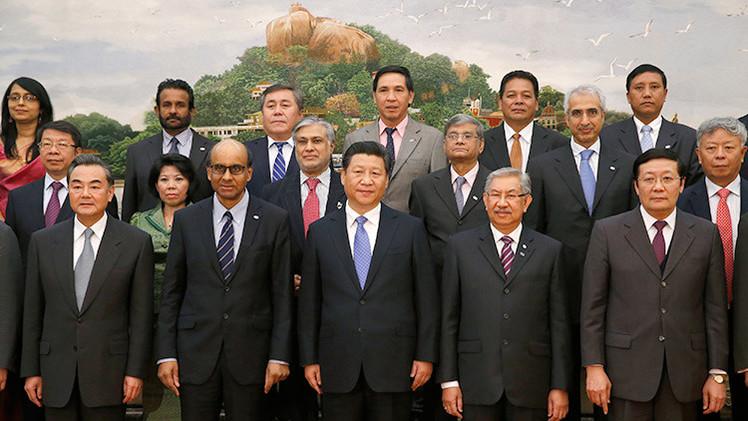 China acoge a Irán en el Banco Asiático de Inversiones en Infraestructura