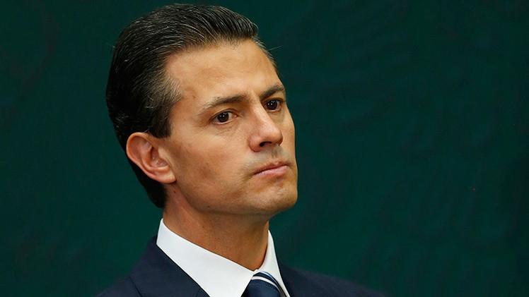 """'The Financial Times' : """"Las promesas económicas de Peña Nieto se han venido abajo estrepitosamente"""""""