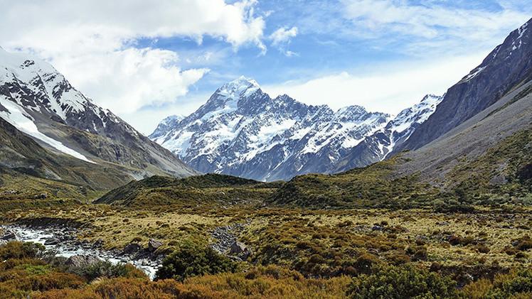 Túnel bajo el Everest: China construiría una línea ferroviaria bajo la montaña más alta del mundo