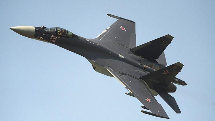 Сazas Su-35 lanzan por primera vez misiles aire-aire durante maniobras en Rusia