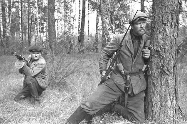 La guerra de guerrillas entre 1941–1945 en la URSS