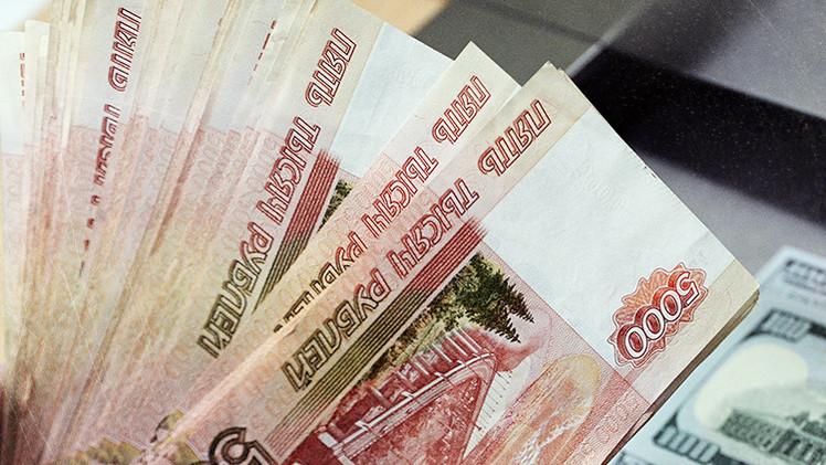 Cinco factores que fortalecen al rublo