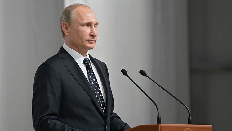 """""""La votación de 'Time' demuestra que en EE.UU. querrían un presidente como Putin"""""""